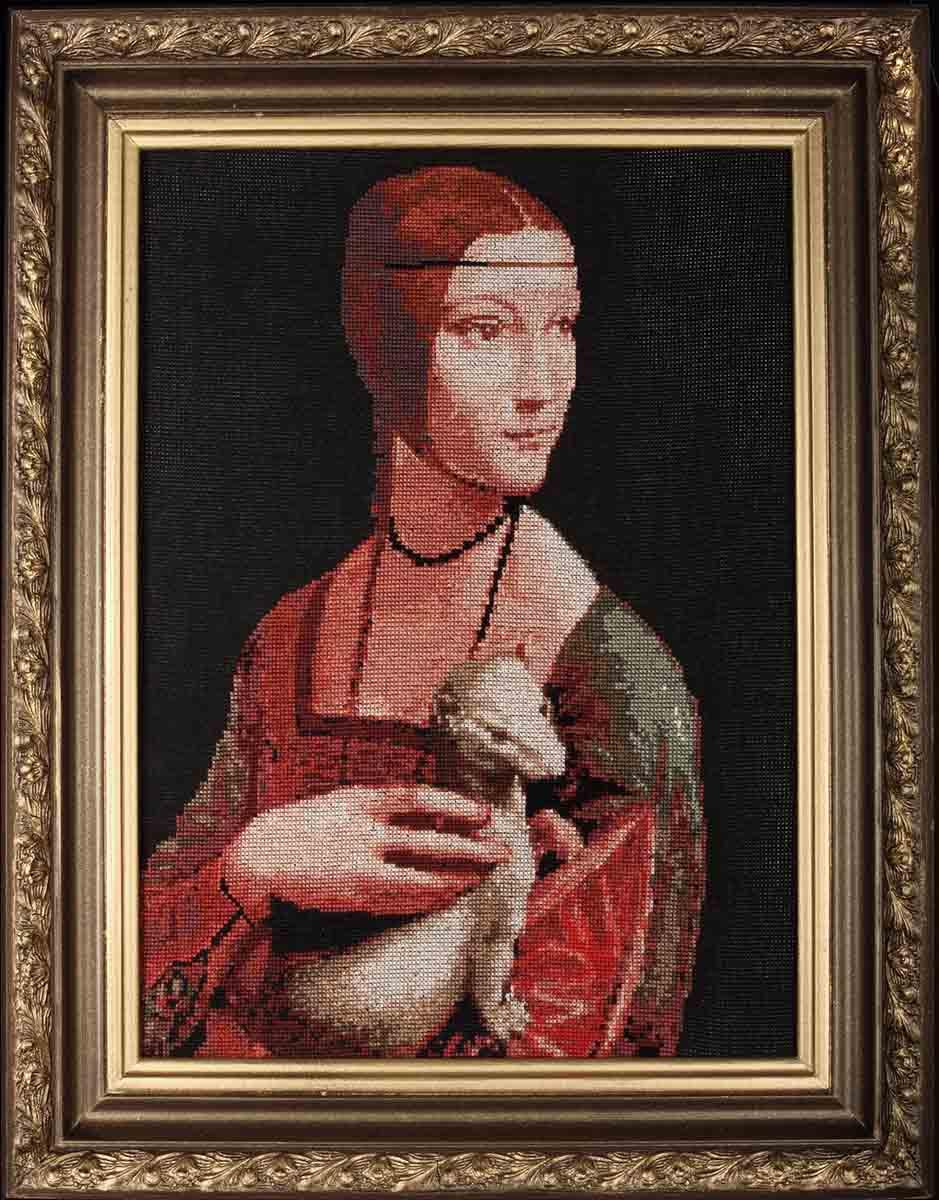 Вышивка дама с горностаем